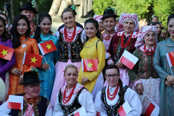 "INTERNATIONAL FESTIVAL ""NUNTA ZAMFIREI"" XXII EDITION - 2017"