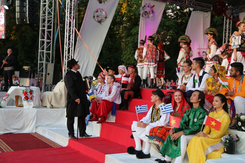 "The Romanian Classical Poet George Coşbuc Has Made a Stage Appearance and Created a Masterpiece: ""Zamfira's Wedding"""